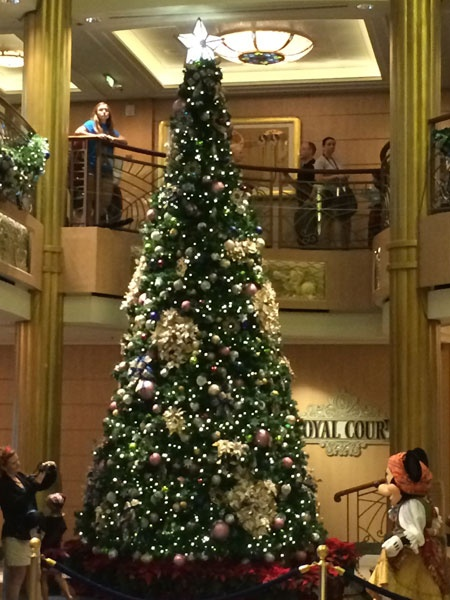 DCL Fantasy Christmas Tree