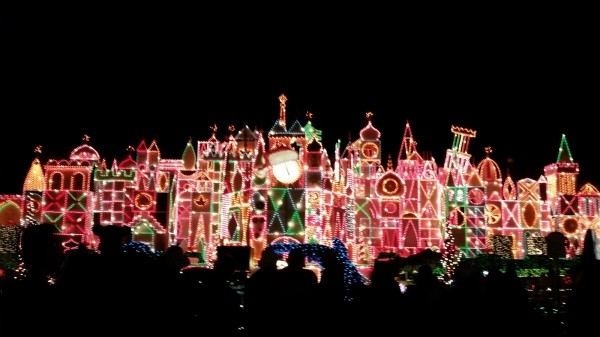 Thousands of twinkling lights at Small World