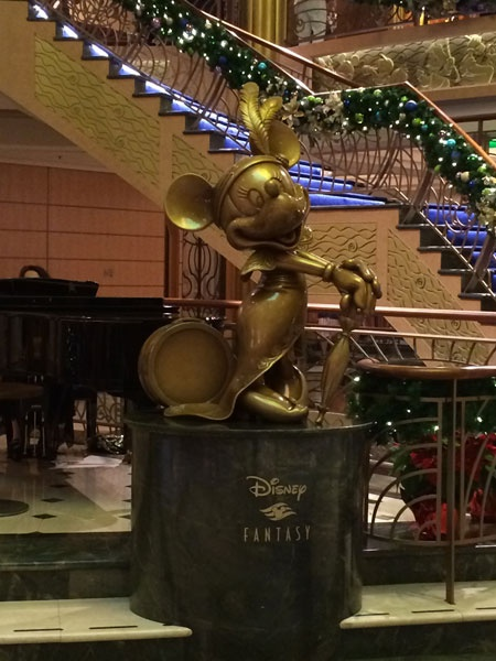 DCL Fantasy Minnie at Christmas