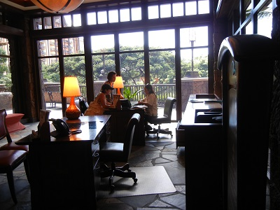 Tour Desk in lobby