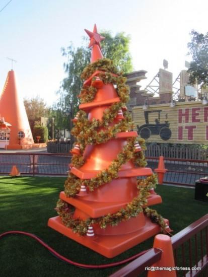 Cozy Cone Tree