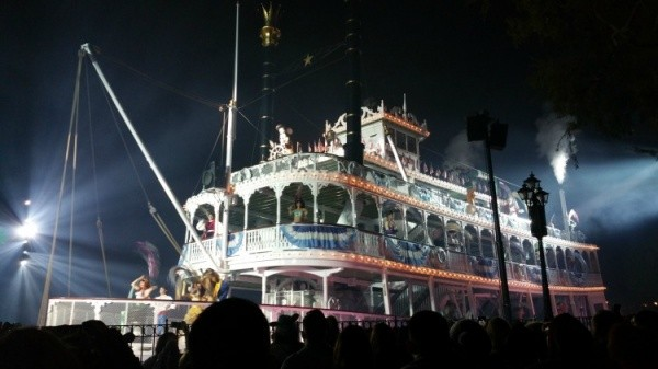 Mark Twain Steamboat during Fantasmic