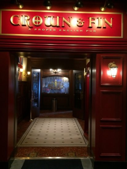The Crown and Fin- A Proper English Pub on the Disney Wonder