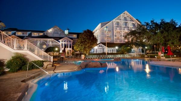 Summer Walt Disney World Vacation enjoy the resort pools
