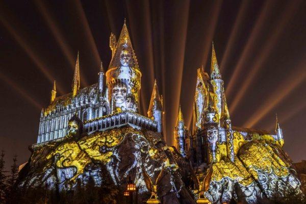 'Dark Arts at Hogwarts Castle' Debuts