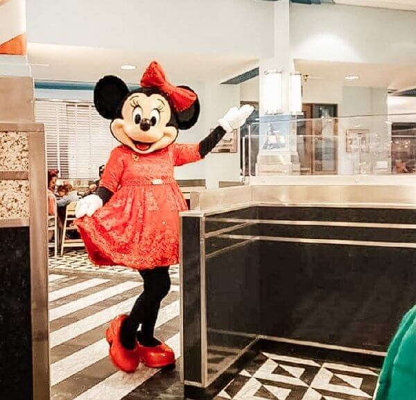 Character Dining Options Currently Available at Walt Disney World