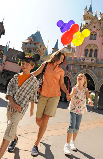 Disneyland Theme Park - Walt Disney's original theme park