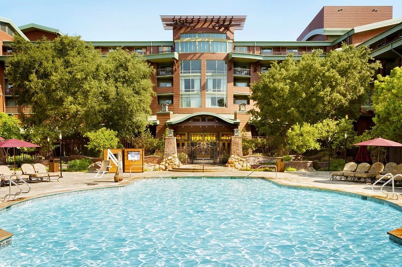 Disneyland Grand California Hotel Pool